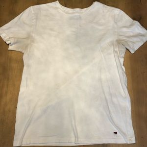 White Tommy Hilfiger T-shirt